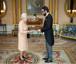 Mexican Ambassador Diego Gómez Pickering presents his credentials to H.M.The Queen
