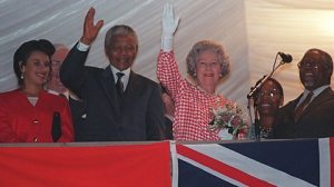 Nelson Mandela with the Queen after South Africa rejoined the Commonwealth in 1994
