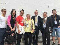 2019 Monitoring Hong Kong elections 241119_Group phone (including Miriam Lexmann, Vicki Dunne, Lord Alton, Andrew Khoo, Christoffer Karlsson ) with Jimmy Sham (2)