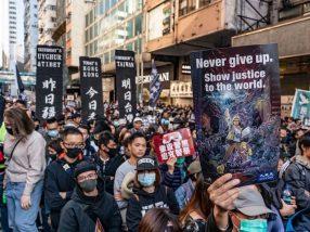 800,000 protestors in hing kong.jpog