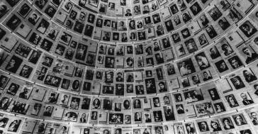 holocaust-education-textbooks-c-alexandre_rotenberg-shutterstock